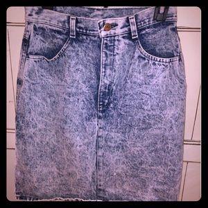 Vintage 80s Acid Wash, High-Waisted Denim skirt